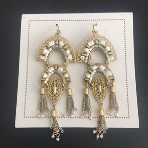 Beautiful Never Worn Stella & Dot Earrings!